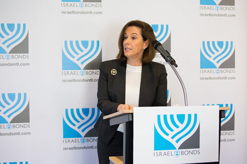 Women's Division Chair Laura Orzy discusses the prominent role women have played in the achievements of Israel Bonds since its launch in 1951 (Photo courtesy of Blake Ezra)